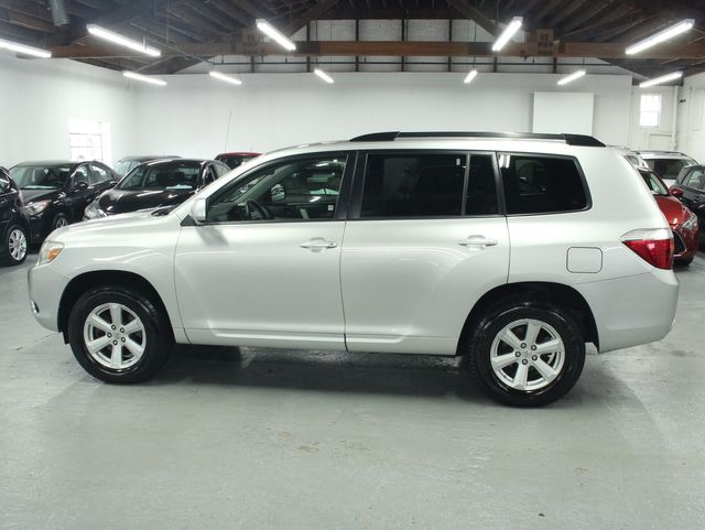 2009 Toyota Highlander 4WD w/ 3rd. Row Kensington, Maryland 1