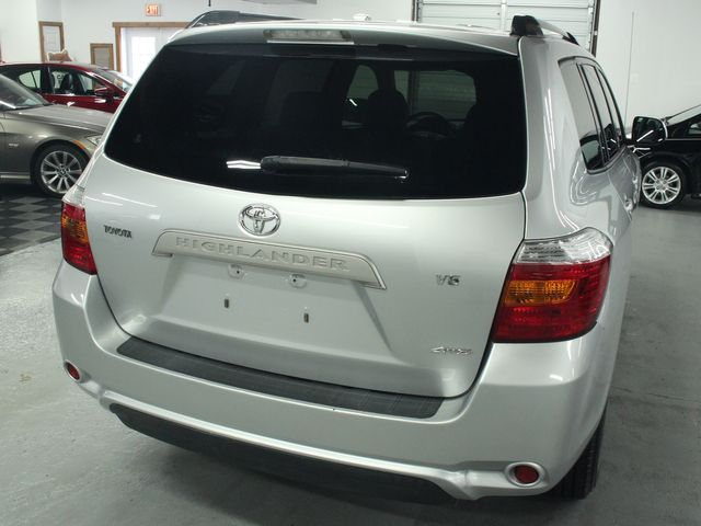 2009 Toyota Highlander 4WD w/ 3rd. Row Kensington, Maryland 11