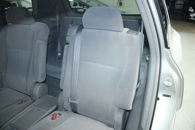 2009 Toyota Highlander 4WD w/ 3rd. Row Kensington, Maryland 26
