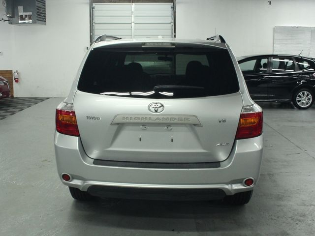 2009 Toyota Highlander 4WD w/ 3rd. Row Kensington, Maryland 3