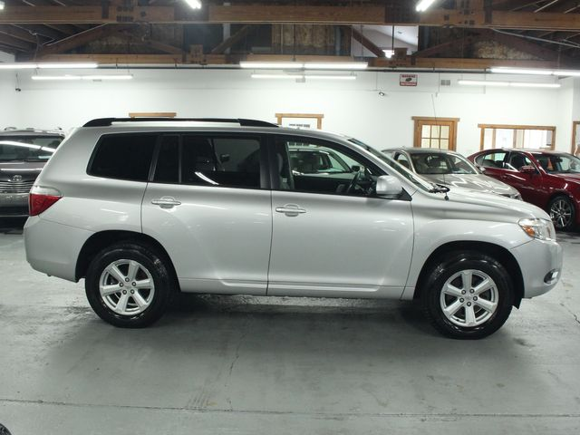2009 Toyota Highlander 4WD w/ 3rd. Row Kensington, Maryland 5