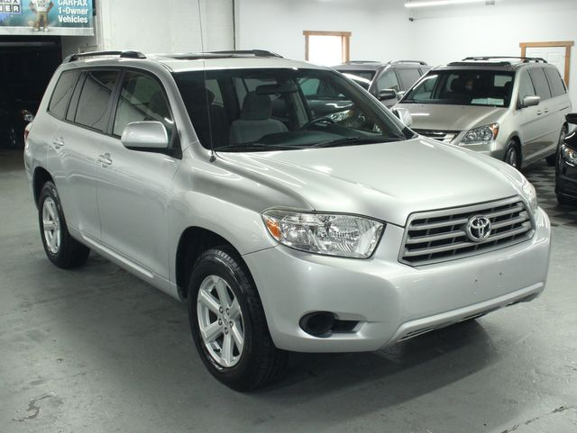 2009 Toyota Highlander 4WD w/ 3rd. Row Kensington, Maryland 6