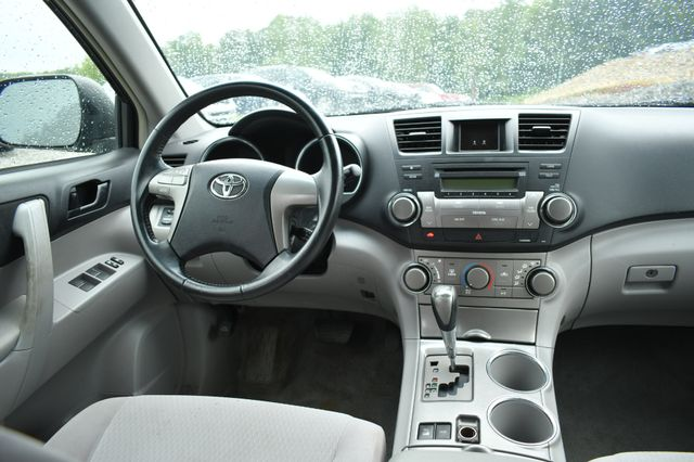 2009 Toyota Highlander Naugatuck, Connecticut 17