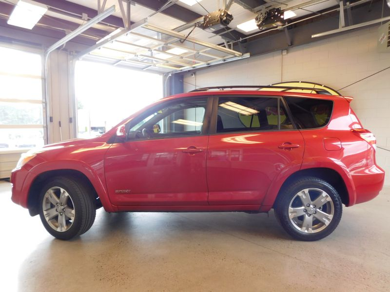 2009 Toyota RAV4 Sport  city TN  Doug Justus Auto Center Inc  in Airport Motor Mile ( Metro Knoxville ), TN