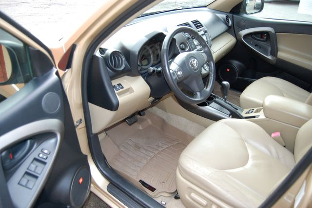 2009 Toyota RAV4 Ltd Charlotte, North Carolina 7