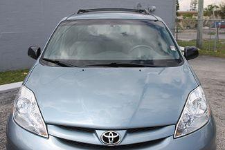 2009 Toyota Sienna LE Hollywood, Florida 40