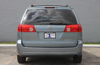 2009 Toyota Sienna LE Hollywood, Florida 6