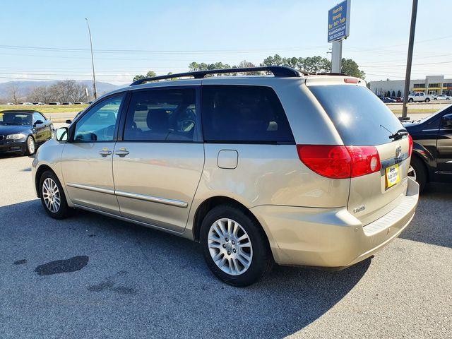 2009 Toyota Sienna Limited w/DVD/Navigation in Louisville, TN 37777
