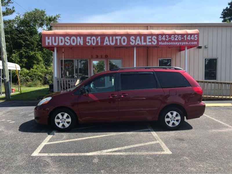 2009 Toyota Sienna LE FWD 8 Passenger | Myrtle Beach, South Carolina | Hudson Auto Sales in Myrtle Beach South Carolina