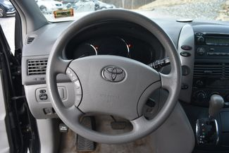 2009 Toyota Sienna LE Naugatuck, Connecticut 17