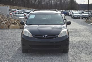 2009 Toyota Sienna LE Naugatuck, Connecticut 7
