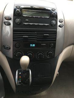 2009 Toyota Sienna LE New Brunswick, New Jersey 6