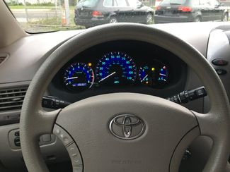2009 Toyota Sienna LE New Brunswick, New Jersey 20