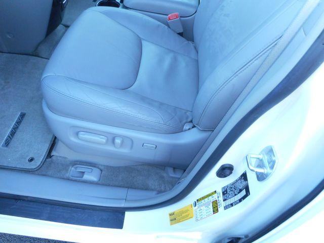 2009 Toyota Sienna XLE New Windsor, New York 14