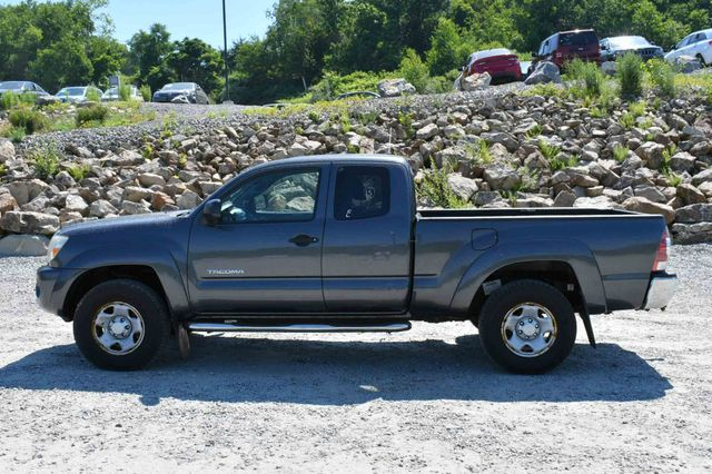 2009 Toyota Tacoma 4WD Naugatuck, Connecticut 3