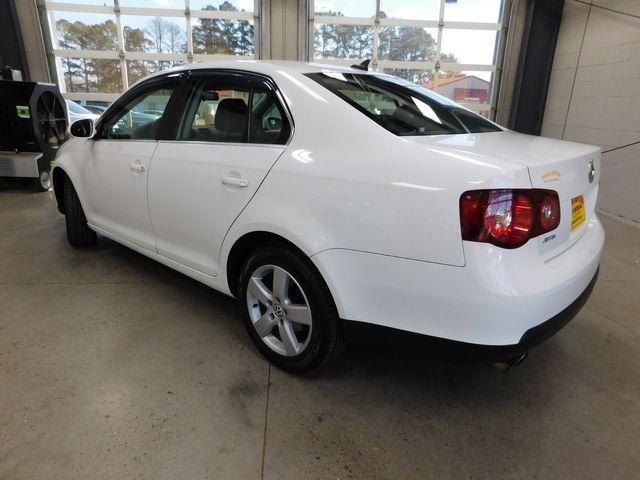 2009 Volkswagen Jetta SE in Airport Motor Mile ( Metro Knoxville ), TN 37777