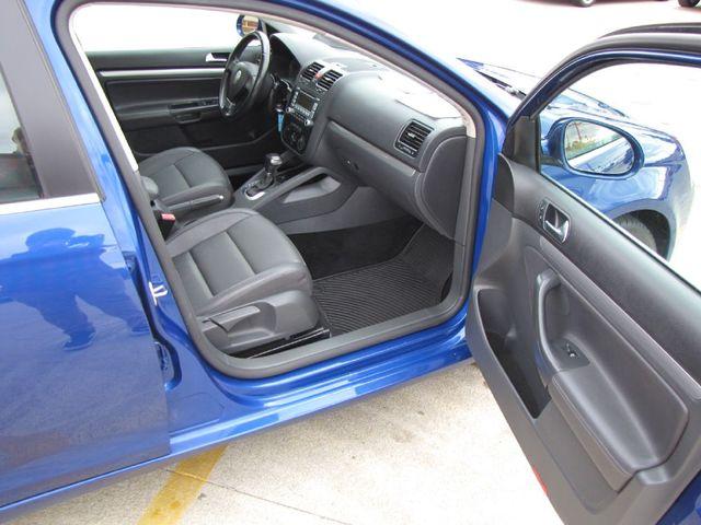 2009 Volkswagen Jetta SE in Medina OHIO, 44256