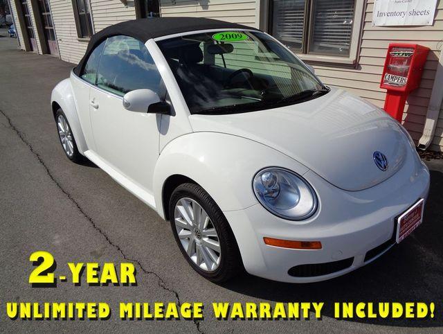 """2009 Volkswagen New Beetle """"S"""""""