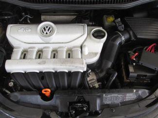 2009 Volkswagen New Beetle S Gardena, California 15