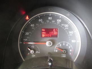 2009 Volkswagen New Beetle S Gardena, California 5