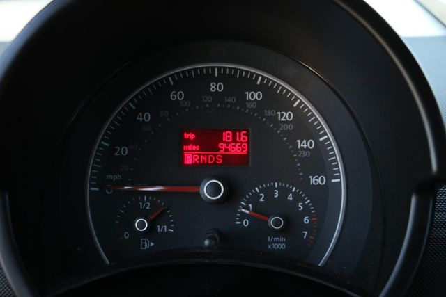 2009 Volkswagen New Beetle S Santa Clarita, CA 16