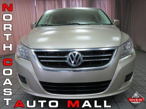 2009 Volkswagen Routan SE in Akron, OH