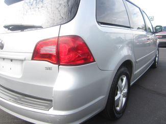 2009 Volkswagen Routan SE Batesville, Mississippi 13