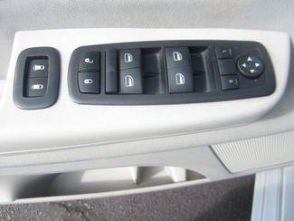 2009 Volkswagen Routan SE Batesville, Mississippi 19