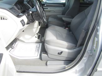 2009 Volkswagen Routan SE Batesville, Mississippi 20