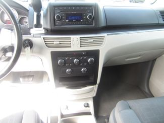 2009 Volkswagen Routan SE Batesville, Mississippi 23