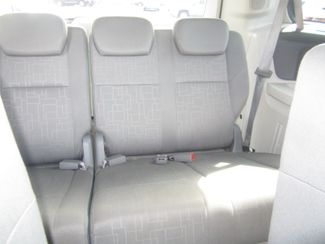 2009 Volkswagen Routan SE Batesville, Mississippi 33