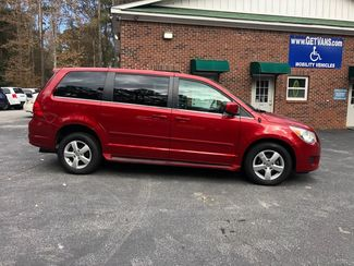 2009 Volkswagen Routan SEL handicap wheelchair accessible rear entry Dallas, Georgia 17