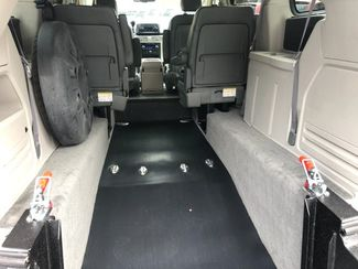 2009 Volkswagen Routan SEL handicap wheelchair accessible rear entry Dallas, Georgia 4