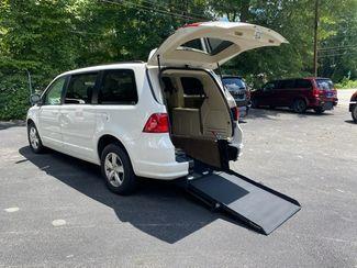 2009 Volkswagen Routan Handicap wheelchair accessible rear entry in Atlanta, Georgia 30132