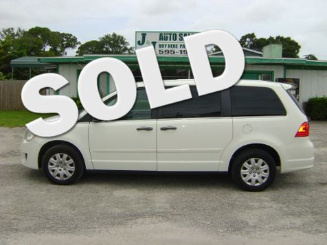 2009 Volkswagen Routan S in Fort Pierce, FL