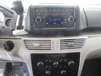 2009 Volkswagen Routan S Gardena, California 6