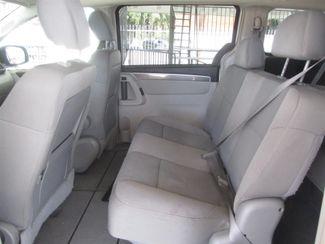 2009 Volkswagen Routan S Gardena, California 9