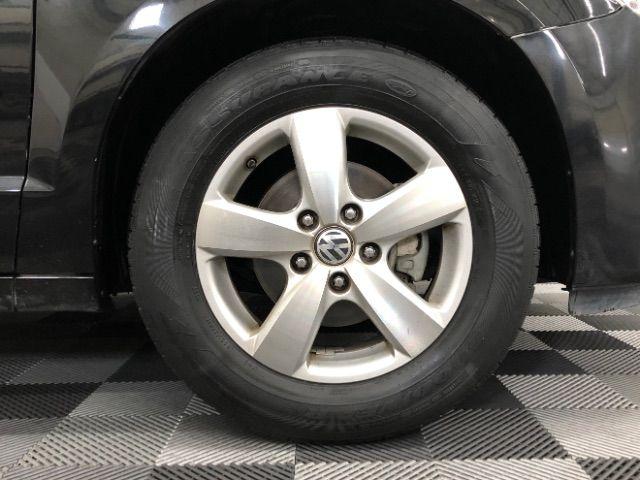 2009 Volkswagen Routan SEL LINDON, UT 13