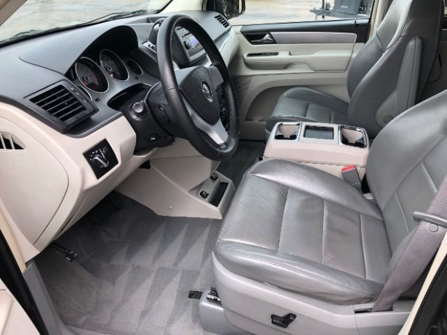2009 Volkswagen Routan SEL LINDON, UT 14