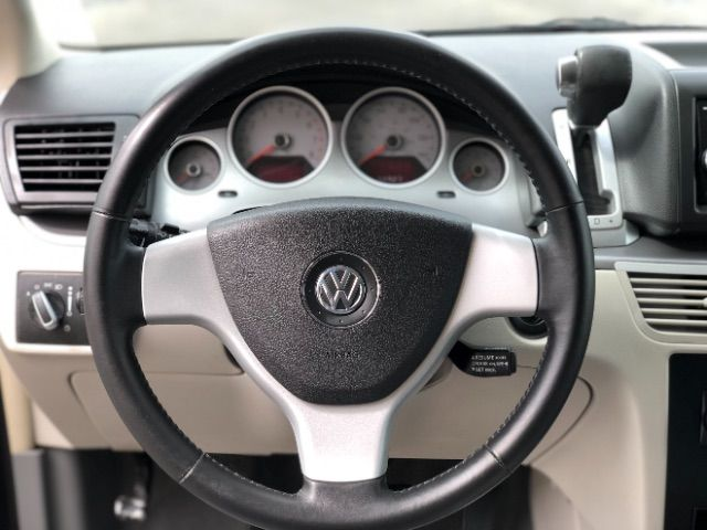 2009 Volkswagen Routan SEL LINDON, UT 39