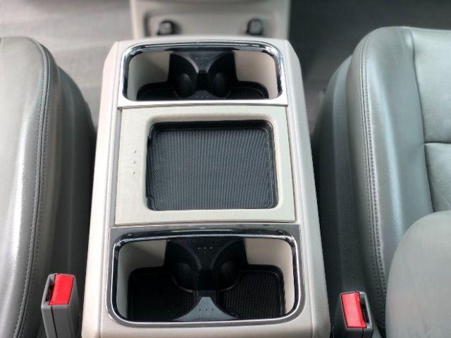 2009 Volkswagen Routan SEL LINDON, UT 40