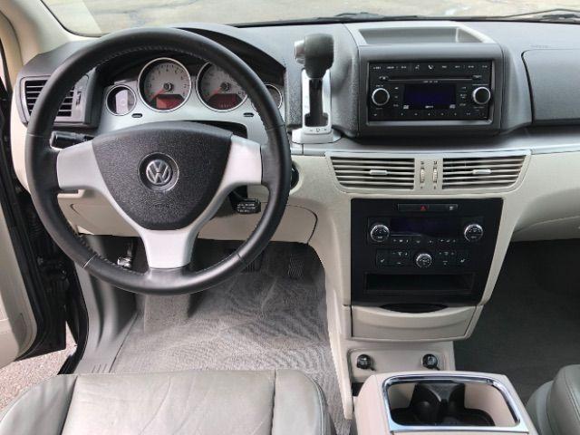 2009 Volkswagen Routan SEL LINDON, UT 42