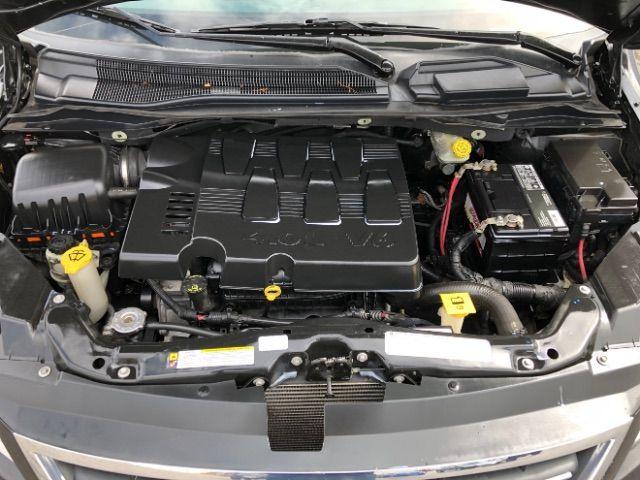 2009 Volkswagen Routan SEL LINDON, UT 44