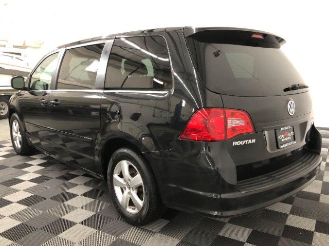 2009 Volkswagen Routan SEL LINDON, UT 5