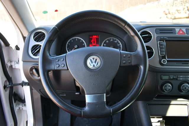 2009 Volkswagen Tiguan SEL Naugatuck, Connecticut 23
