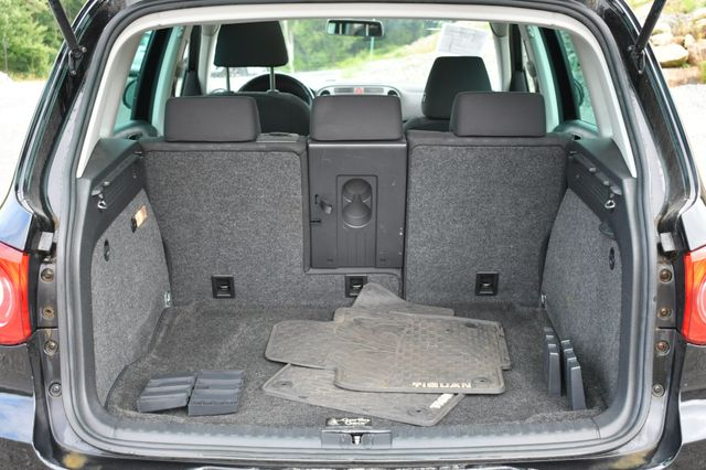 2009 Volkswagen Tiguan SE AWD Naugatuck, Connecticut 11