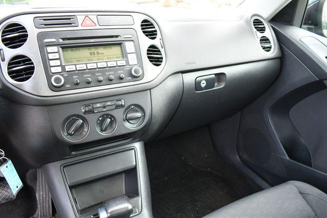 2009 Volkswagen Tiguan SE AWD Naugatuck, Connecticut 21