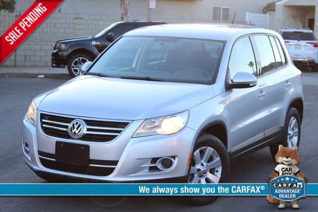2009 Volkswagen TIGUAN S AUTOMATIC ONLY 86K MLS SERVICE RECORDS ALLOY WHLS XLNT CONDITION in Woodland Hills CA, 91367