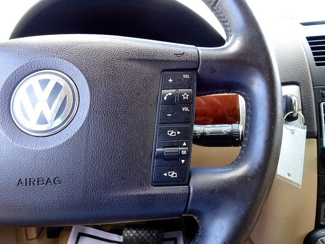 2009 Volkswagen Touareg 2 V6 Madison, NC 16