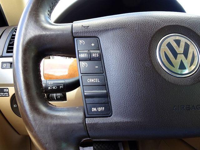 2009 Volkswagen Touareg 2 V6 Madison, NC 17